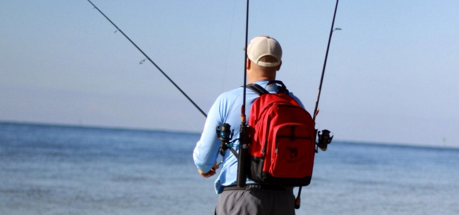 things-to-consider-when-buying-a-fishing-backpack-with-rod-holders